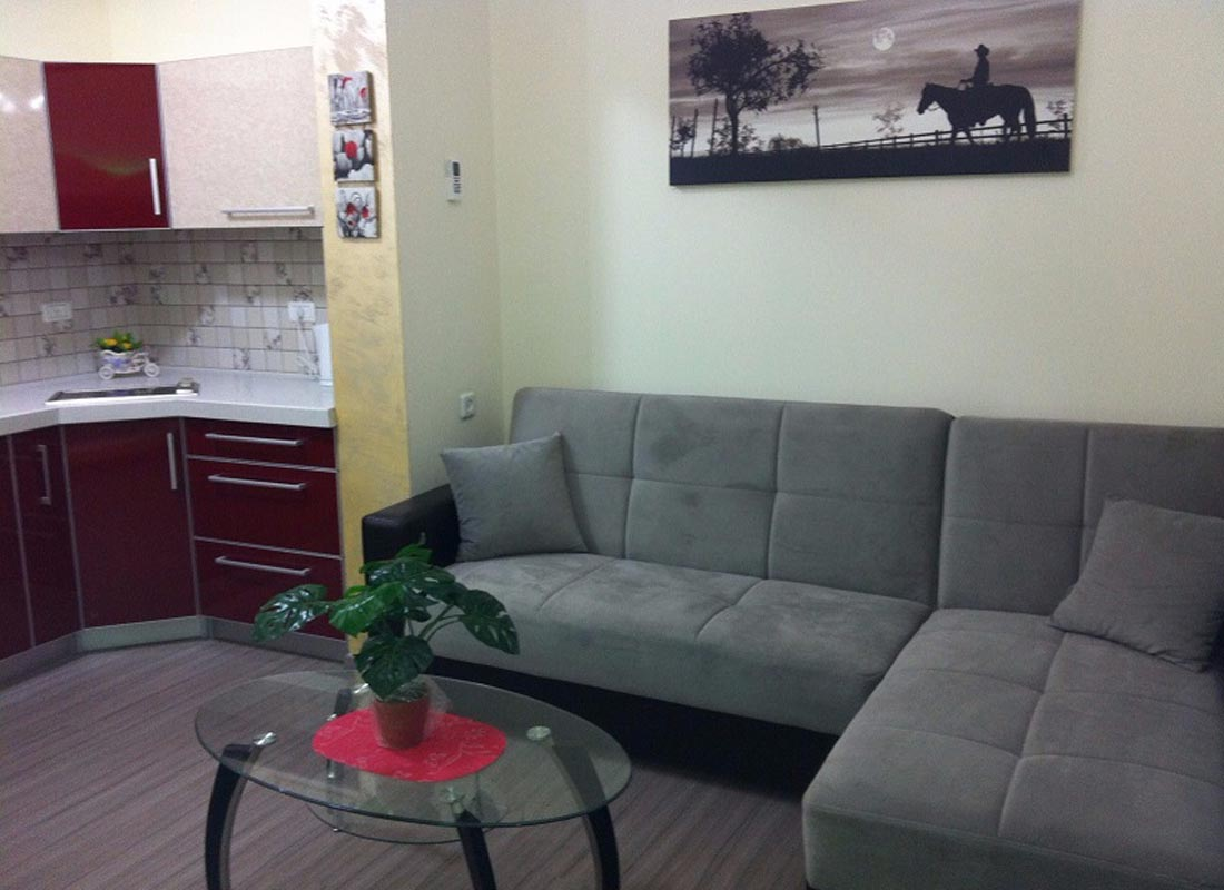 Two bedroom apartment in the hotel complex, Ashkelon, Yefe Nof St , 33
