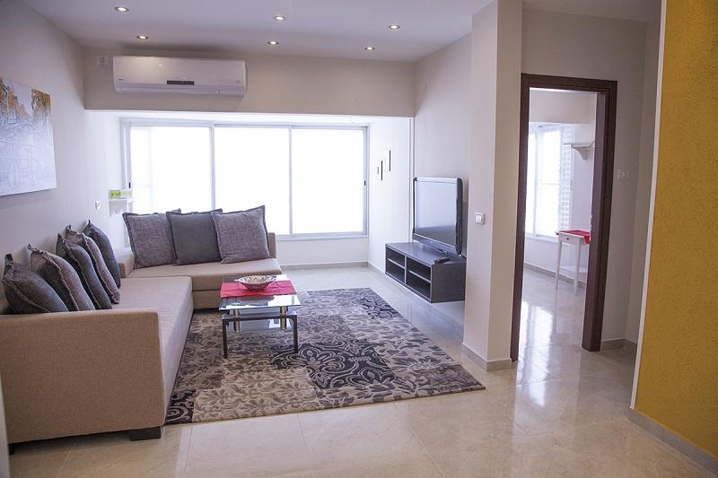 Apartment For Short Term Rent In Bat Yam Bedroom