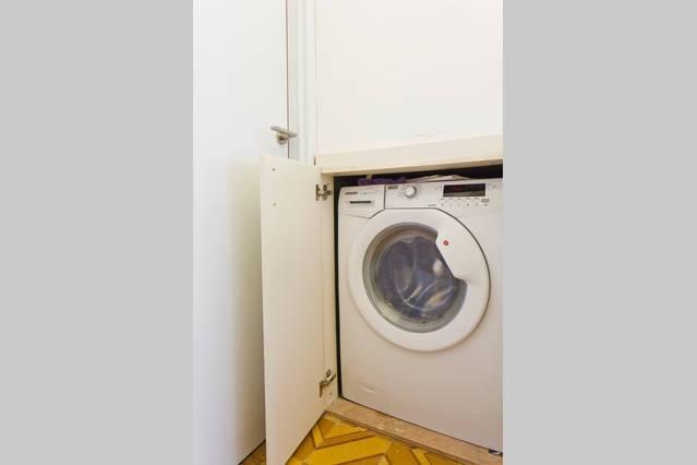 Rent an apartment short term in Tel Aviv (160$ - 220$/night)
